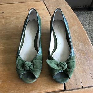 Vintage Forest Green Wedges
